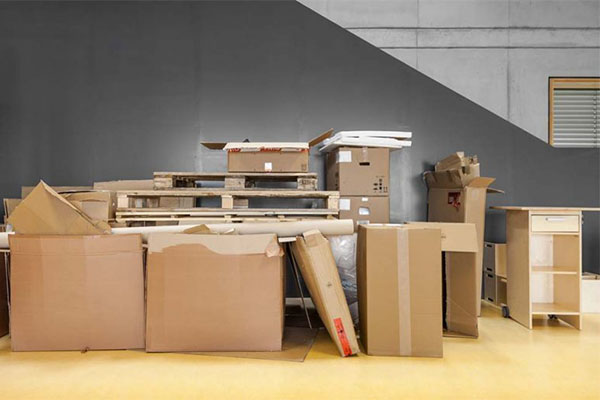 Why Every Parent Should Use a Moving Company When Relocating
